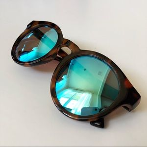 J CREW | Tortoiseshell Sunglasses